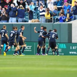 Le Toux treble gives Union 3-2 victory
