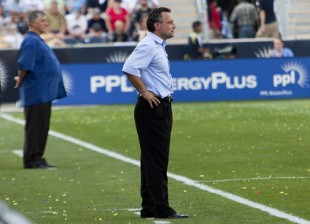 Nowak on the sidelines at the FC Dallas match. (Photo: Daniel Gadjamowicz)