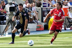 Sebastien Le Toux attacks vs. Toronto. (Photo: Daniel Gajdamowicz)