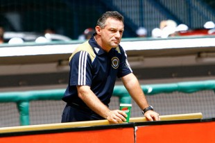 Union reviews & goals, PDA top rankings, WPS update, USSF deficit, more news