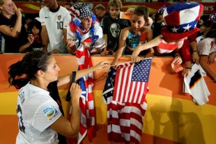 More Le Talk, USWNT blasts Mexico, more news