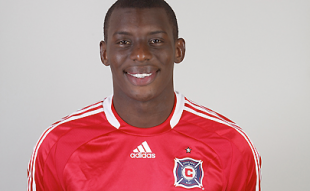 Union sign Bakary Soumare