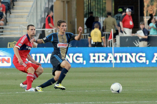 Union notes, USA v Mexico news, NY stadium craziness, more