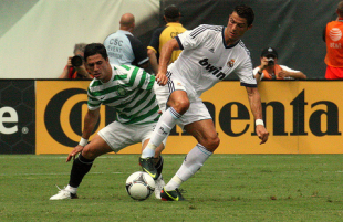 Real Madrid defeats Celtic 2-0 at the Linc