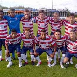 Pfeffer and Steffen with US U-18s in the Netherlands. Photo courtesy of US Soccer.