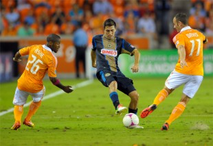 Valdes & Marfan for Latino POY, WCQ hex draw, MLS playoff results, more