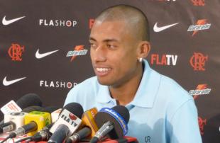 Union announce Kleberson loan, part ways with Adu
