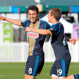 Union sign Matt Kassel