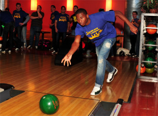 In photos: Bowling with Mike & Friends