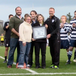Messiah College honors legendary coach Layton Shoemaker