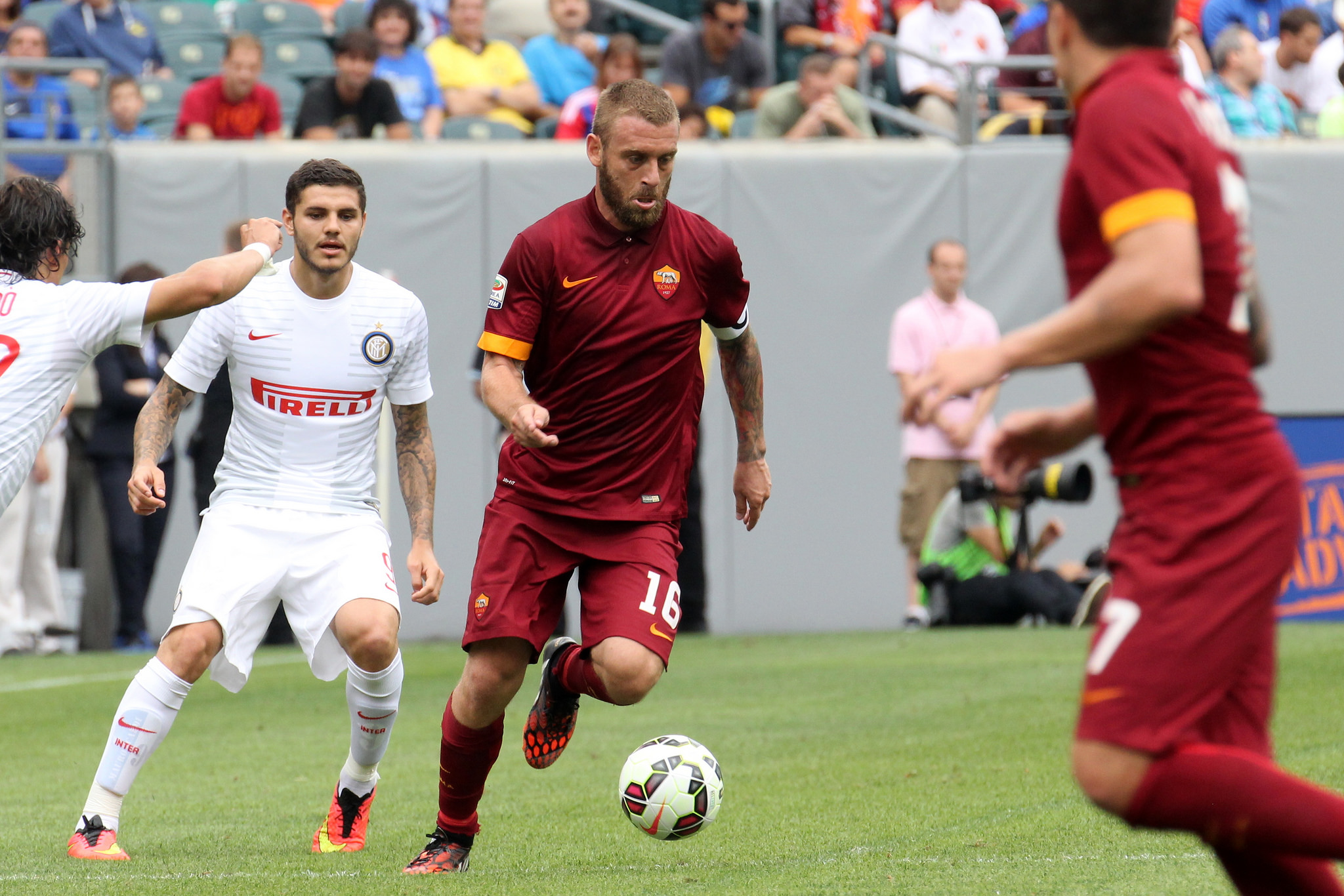 The opening match of the inaugural guinness inter national champions - Daniele De Rossi Powers Up Field