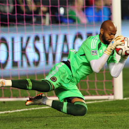 More draft picking today at 2 pm, Mbolhi and Algeria battle back for ACN win, Pfeffer's goal, more