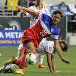 US Women ease to CONCACAF Championship