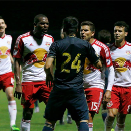 Ilsinho signed then ejected in draw with NYRB, awful US kit leaked, FIFA news