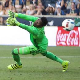 Blake named Goal.com's Goalkeeper of the Year, US humiliated in Costa Rica, more