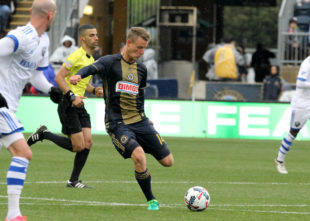 News roundup: Union surge, league roundups, Gold Cup calling, more
