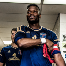 Maurice Edu's return to pitch goes smoothly